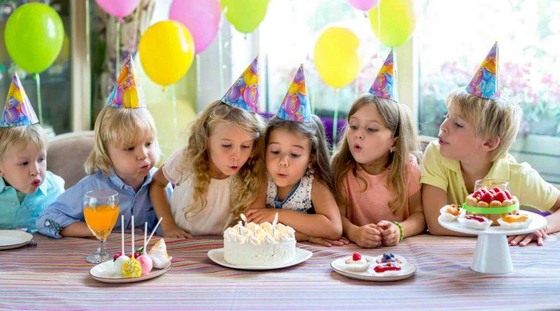 O czym pamiętać organizując pierwsze urodziny dziecka?
